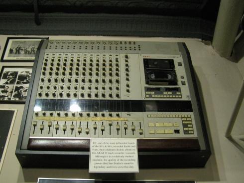 Sun Studios U2 recording desk