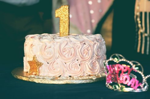 baby-girl-birthday-birthday-cake-851204